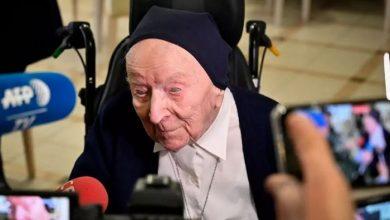 Photo of Cea mai vârstnică persoană din Europa, o călugăriță de 117 ani, s-a vindecat de COVID-19