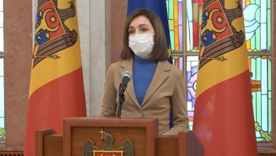 """Photo of Maia Sandu cere numele celor imunizați în afara listei:688 de oameni, care s-au vaccinat cu Pfizer sunt din categoria """"neamuri"""""""