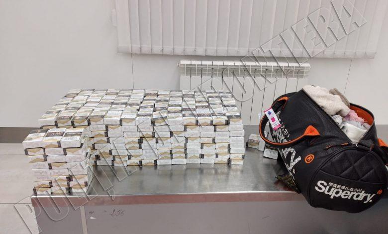"""Photo of Peste 400 de pachete de țigări """"pentru consum personal"""" urmau să ajungă ilegal la Londra: Un moldovean, audiat de oamenii legii"""