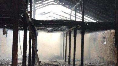 Photo of foto, video | Incendiu puternic în raionul Ștefan Vodă: Acoperișul unui depozit de 600 de metri pătrați a fost cuprins de flăcări