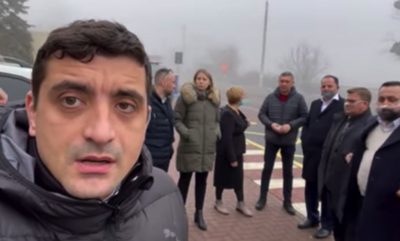 Photo of video | Mai mulți parlamentari români, la vama Leușeni. Cer anularea interdicției de a intra în R. Moldova pentru George Simion