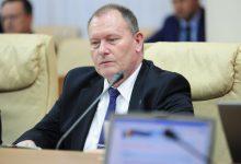Photo of doc | Salariu de peste 200.000 de lei și depozite în valută străină. Averea declarată de premierul interimar Aureliu Ciocoi în 2020