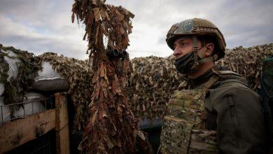 """Photo of Zelenski îi propune lui Putin o întâlnire în zona de conflict: """"Milioane de vieți sunt în joc"""""""