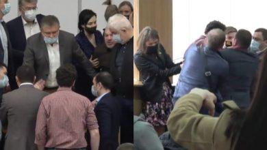Photo of video | Bătaie la ședința Consiliului Municipal Chișinău. Ce nu au împărțit PAS, Platforma DA și PSRM?