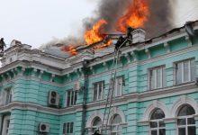 Photo of foto | Opt chirurgi ruși au continuat operația pe cord deschis, în timp ce spitalul era cuprins de flăcări