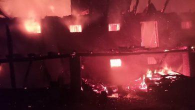 Photo of foto | Incendiu nocturn pe teritoriul mănăstirii Hârjauca. Două tone de cereale, distruse de foc