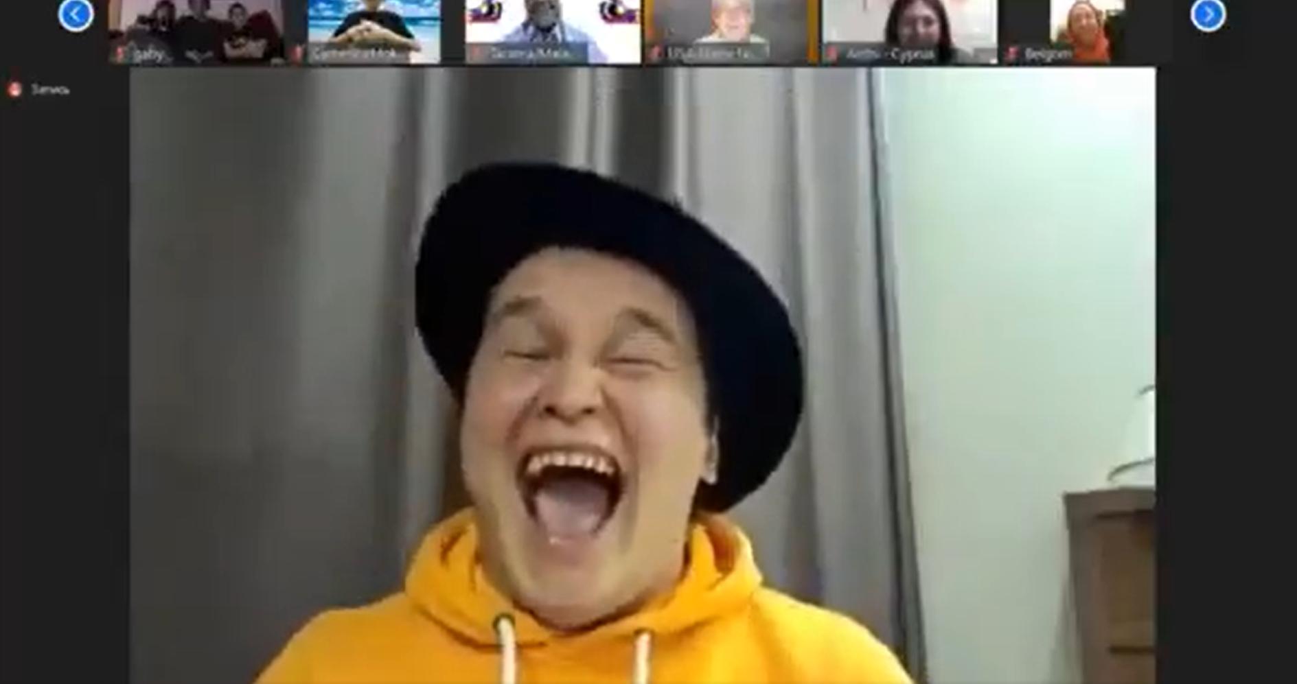 Photo of video | Un rus a câștigat prima ediție a Campionatului Mondial de Râs. Bărbatul și-a pierdut vocea în urma prestației