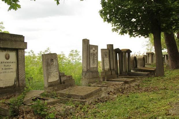 Photo of Undă verde de Blajini în cimitirele din Orhei. Regulile impuse