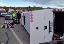 Photo of video | Accident grav cu 16 răniți lângă Iași: Un microbuz cu pasageri din R. Moldova s-a ciocnit cu un TIR