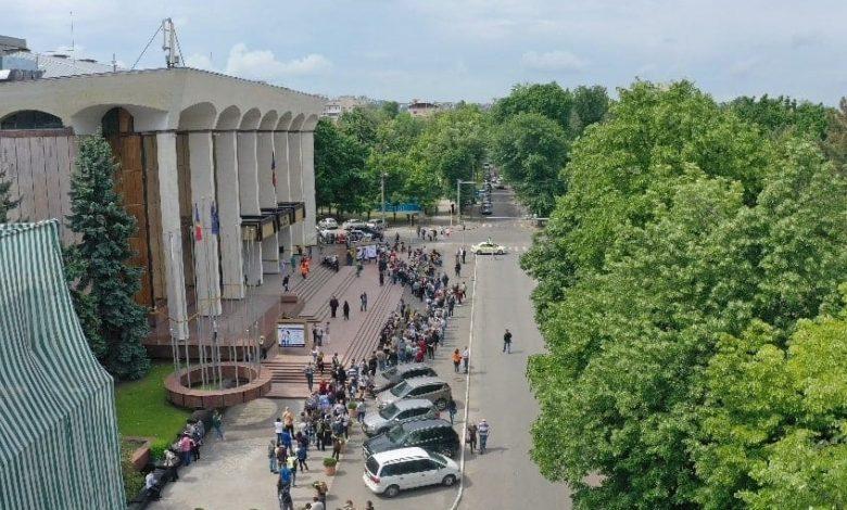 Photo of Cifră record la vaccinare. Câte persoane au fost imunizate în prima zi a maratonului de la Palatul Republicii
