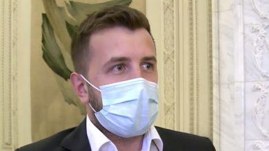 Photo of video | Cu declarația de avere goală. Un deputat român spune că a trăit până acum din banii părinților