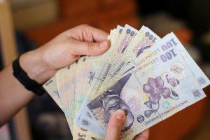 """""""România înregistrează cea mai rapidă revenire economică din istoria țării"""". Cu aproape 3% mai mult decât anul trecut"""