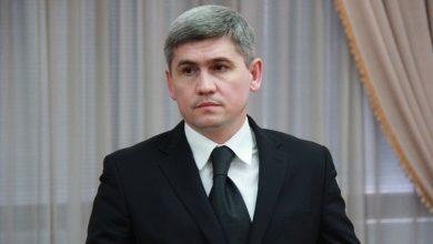 Photo of Confirmă că a fost la tir, dar infirmă ca era în perioada mandatului de ministru. Reacția lui Jizdan la videoul cu armele Kalașnikov