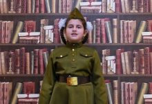 """Photo of video   """"Мальчик из села Поповки"""". Fiica lui Ilan Șor apare într-o înregistrare de Ziua Victoriei, publicată de Jasmin"""
