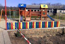 Photo of foto   Încă două terenuri de joacă, construite în localități din Ialoveni și Cahul de echipele Partidului Șor și a platformei Pentru Moldova