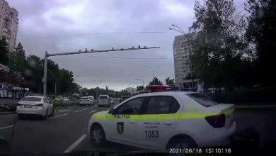 Photo of video   Ce amendă a primit polițistul care a încălcat regulile de circulație pe bulevardul Dacia din Chișinău