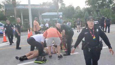 Photo of O camionetă a intrat în oameni la o paradă gay în SUA. Cel puțin un bărbat a fost ucis