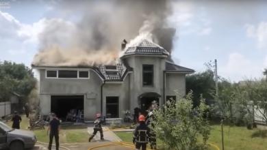 Photo of video | Ucraina: Un avion s-a prăbușit peste o casă. Patru oameni au murit