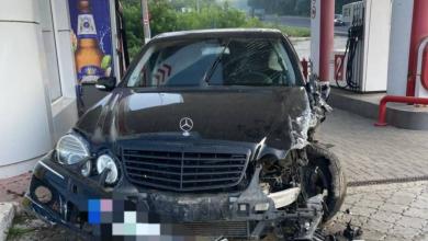 Photo of foto   Accident groaznic provocat de un șofer beat și fără permis. Cinci persoane au fost internate în spital
