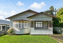 Photo of foto   Cum a ajuns o casă cu trei camere, în paragină și fără baie, să coste peste două milioane de dolari