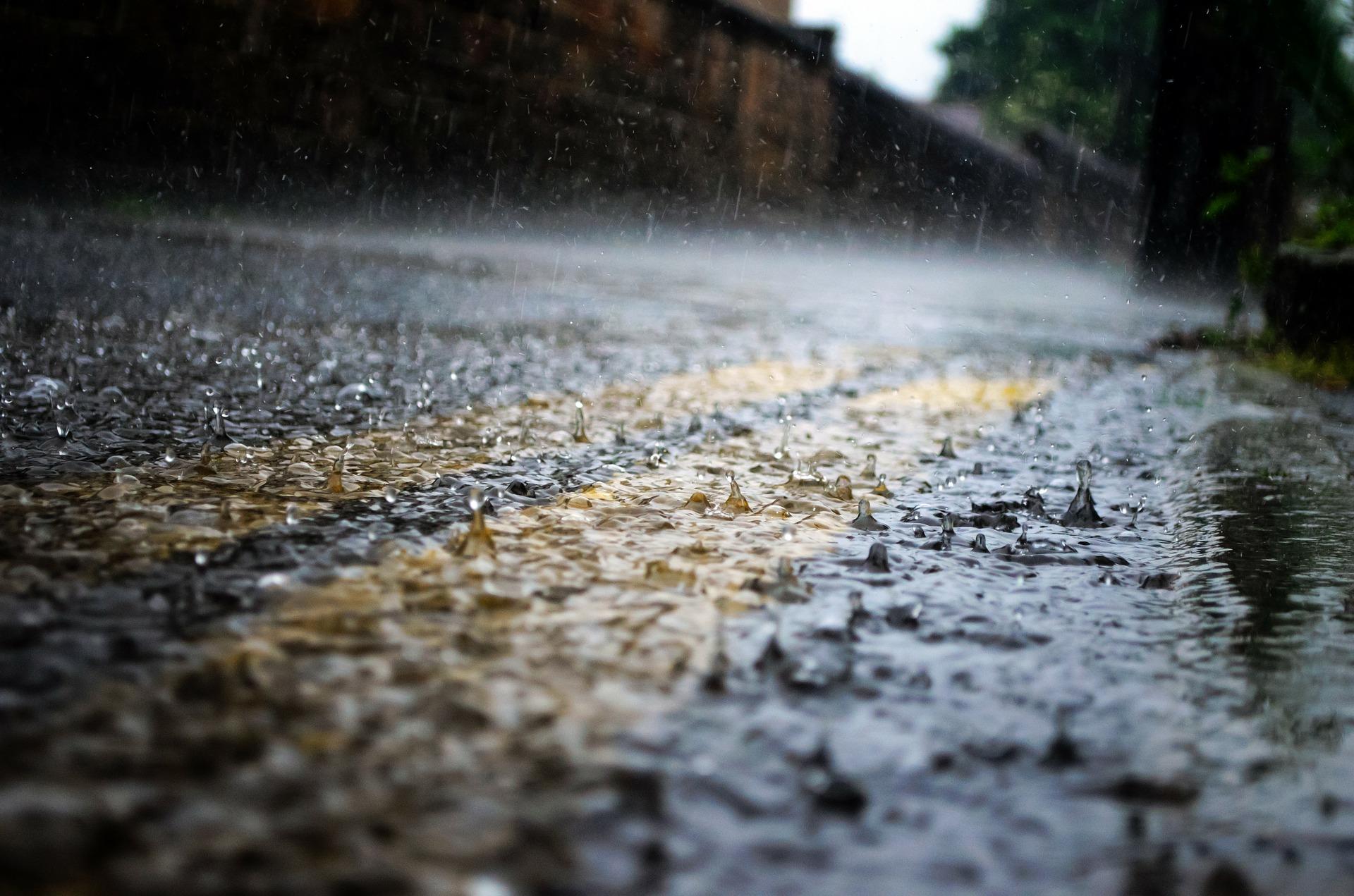 traseu drum ploaie