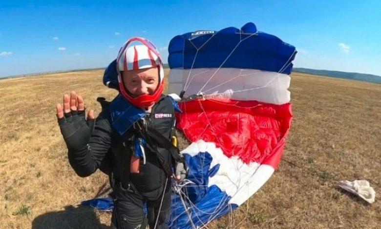 Photo of Oazu Nantoi anunță că este bine după ce a suferit un accident de parașută în Bulgaria
