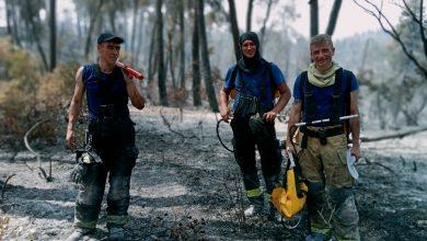 Photo of foto, video   Traseul pompierilor moldoveni prin pădurile în flăcări din Grecia. Elenii pun mâna la inimă și aduc apă rece pentru a mulțumi