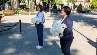 """Photo of Prim-ministra a felicitat cetățenii cu ocazia Zilei Limbii Române: """"Să ne amintim în fiecare an cât de norocoși suntem că avem libertatea de a vorbi limba română"""""""