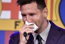 """Photo of Șervețelul de """"adio"""" al lui Leo Messi, din ultima conferință de presă la Barcelona, scos la vânzare pentru un milion de dolari"""