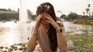 Photo of De ce oamenii simt nevoia să-și atingă fața? Cum ne abținem de la acest gest
