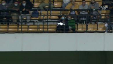 Photo of update, foto | Scene incredibile pe stadionul Zimbru: Meciul Moldova-Austria nu a început la timp din cauza unei drone. Austriecii au părăsit terenul