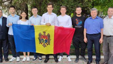 Photo of Au demonstrat că sunt printre cei mai buni! Cinci elevi moldoveni, medaliați la Olimpiada Balcanică de Matematică