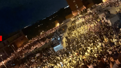 Photo of foto, video | Petrecere pe străzile din Madrid cu 25.000 de persoane. Poliția, depășită de situație