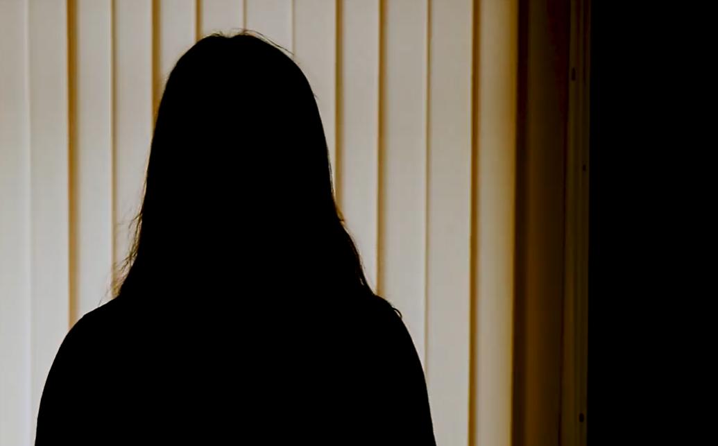 """Photo of video   """"Mama își pierduse cunoștința. Tată plângea. Mă simțeam vinovată față de părinți"""". Mărturisirea unei adolescente care a devenit mamă la 16 ani"""