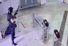 Photo of video | Momentul în care atacatorul din Rusia intră în universitate și trage primele focuri de armă