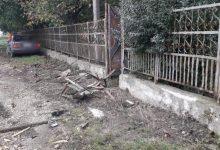 Photo of foto | Un tânar a omorât cu Mercedesul un bărbat care stătea pe scaun la poartă. Ce spune Poliția